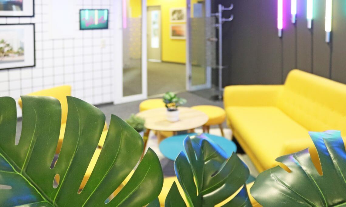 Detailaufnahme Meetingraum Vice City